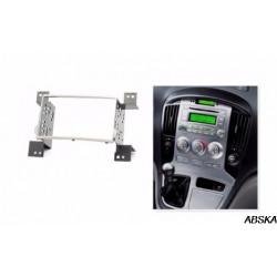 Рамка под мультимедийную систему для Hyundai H-1, Starex 1 поколение